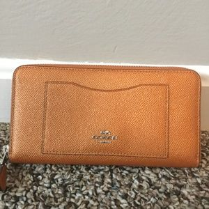 Coach accordion style wallet